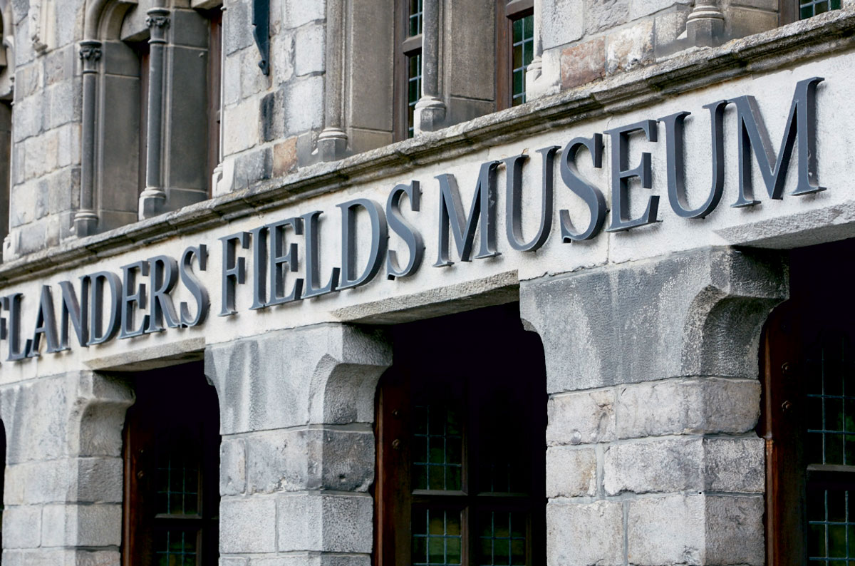 Flanders Field Museum, visitors, and exhibits on display